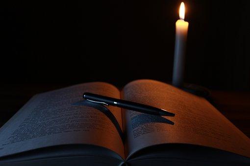 candle-1646765__340